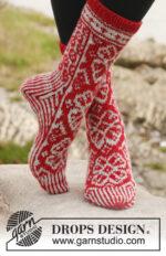 Winter Rose Socks by DROPS Design
